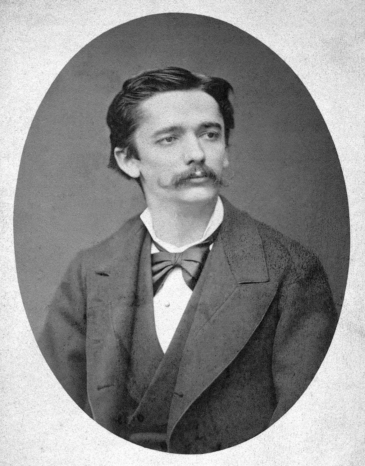 Ulrico Hoepli, italianizzazione di Johannes Ulrich Höpli (1847 – 1935)